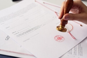 Certified vs Notarized Translation - Bilingva Blog